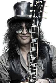 Behind The Shades: Slash Tries To 'Figure This Thing Out'