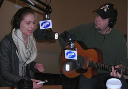 Singer-songwriter Rachel Allen live on WNTI