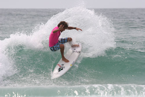 Wrightsville Beach Welcomes Big Time Surfers. Michael Tomsic (2009-07-10)
